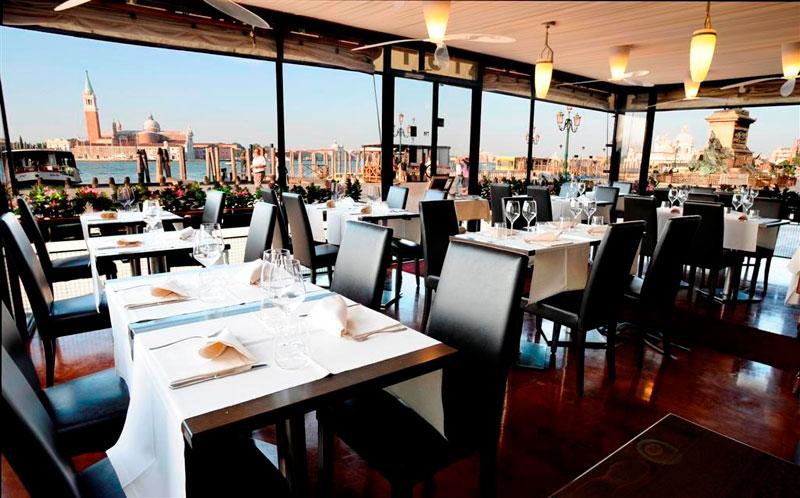 Hotel tre stelle stelle venezia lido jesolo hotel for Piani di costruzione di stand del ristorante